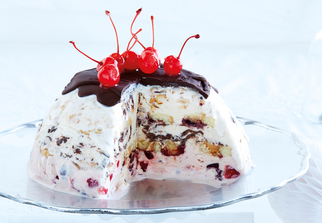 The-Good-Life-Christmas-Recipes-ice-cream-bombe